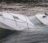 sunken-sealine-37-powerboat